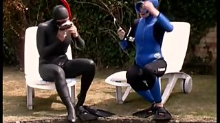 Wetsuit dressing 2