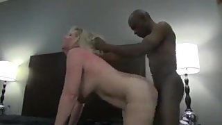 White Milf takes a Pounding from Black Cock