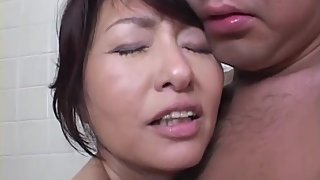 Bathing Mommy Needs Cock